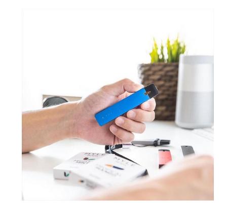 V1 Royal Blue MYLE Pod Vape Starter Kits in UAE 1